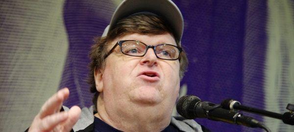 Michael Moore, Raja Film Dokumenter Penentang Arus